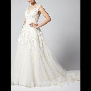 LIKE NEW! Henry Roth Wedding Dress